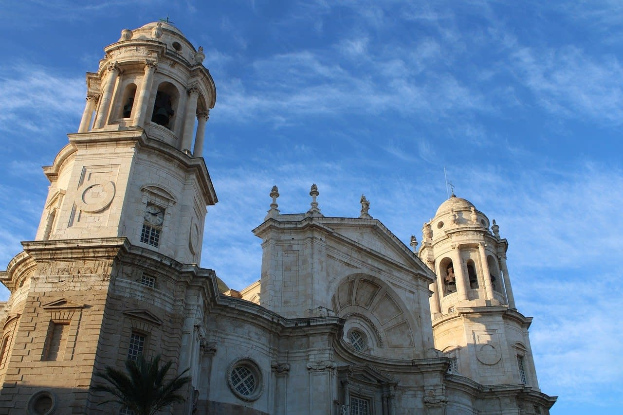 cathedral of cadiz 4677131 1280